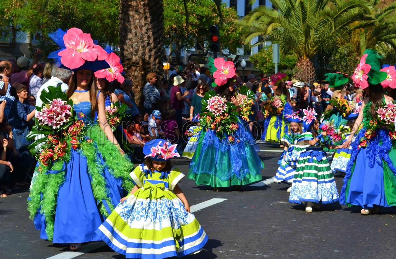 Карнавалы цветов